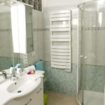 Freedom apartment: bathroom 1 | Costadoro Holiday Home in Imperia